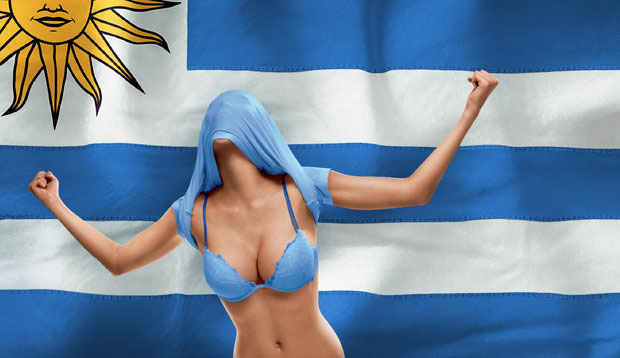 Resultado de imagen para uruguayas con bikini celeste
