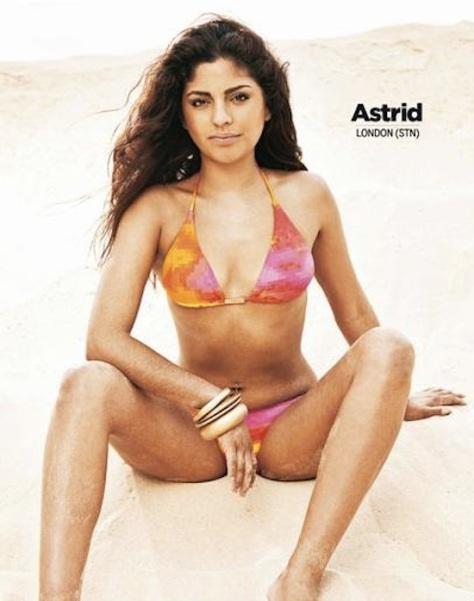 astrid-Ryanair-calendar-2011
