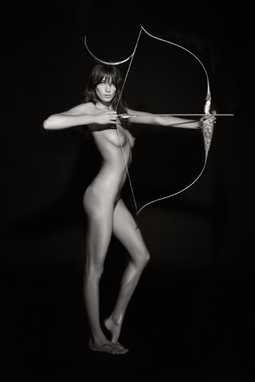 La modelo Daria Werbowy es Artemisa, la diosa virgen hermana melliza de Apolo.