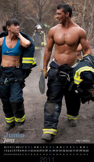 Como ven, estos bomberos no son machistas