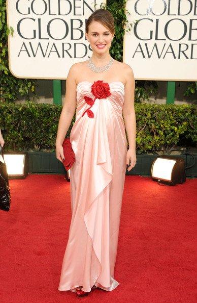 Natalie Portman. Siempre hermosa, pero ese floripon?, qué querés que te diga