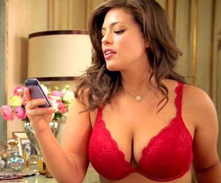 ashley-graham-lane-bryant-comercial