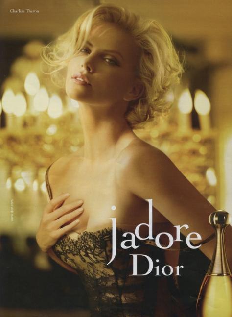 La hermosa Charlize Theron, para Dior también