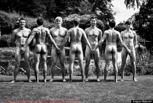 o-naked-calendars-570