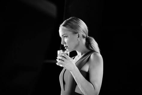 Kate-Hudsoncalendario-Campari-de-20169