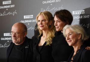 El fotógrafo Peter Lindbergh, la actriz estadounidense Uma Thurman y la australiano-estadounidense Nicole Kidman, además de la británica Helen Mirren, durante la presentación del calendario Pirelli 2017